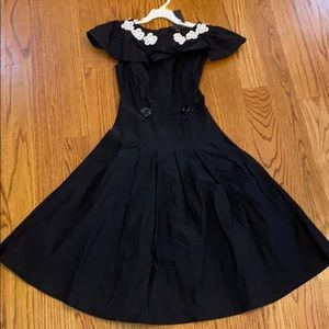 Young Woman's black dress (with tag)
